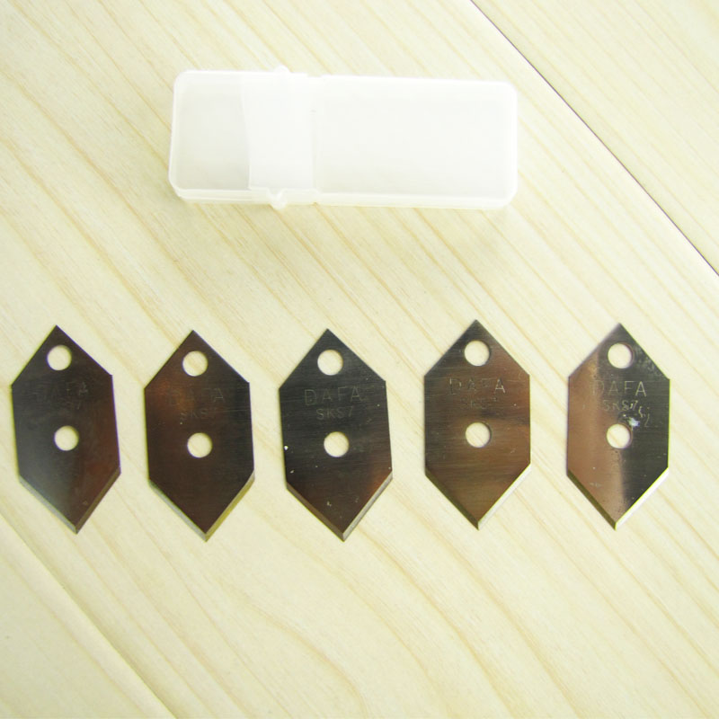 5 Pcs Refills Blades For DaFa 45 Degree And 90 Degree Mat Cutter (2 Cutters + 3 Spare Blades) Utinity Knife
