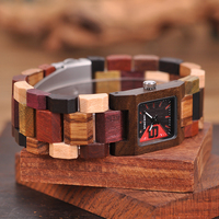 Reloj femenino de madera cuadrado pulso madera 5