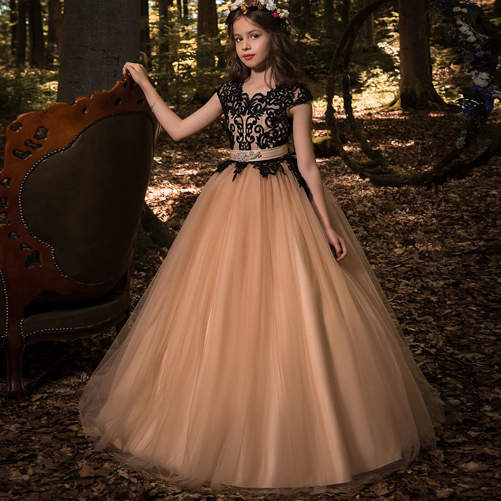 New Ball Gowns Flower Girl Dresses Princess Birthdays Party Wedding Gowns Hot Tulle Cap Sleeves Double V-neck Lace Appliques