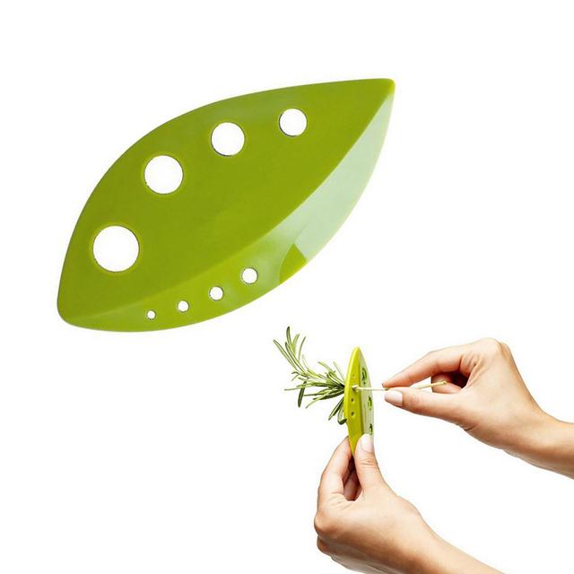 Loose Plastic Leaf Piller