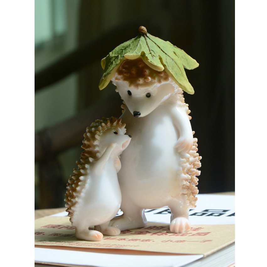 Kawaii Animal resin hedgehog Crafts Cute Figurines & Miniatures  fairy garden accessories Creative home decor birthday gifts