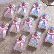 цена 30pcs/lot Creative candy box Romantic flower paperboard Gift Box  paper bag  Packing box sugar box Birthday Party wedding Gift онлайн в 2017 году