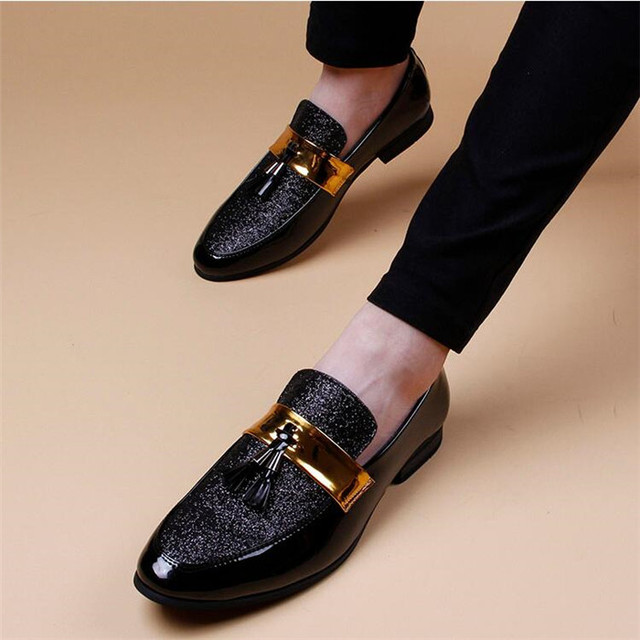 Casual fashion loafer lazy shoes increase slip-on patent leather sequins  glitter belt men patent leather tassels shoes fb9c66539501