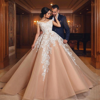2020 Sexy Evening Dress Off The Shoulder Ball Gown Lace Appliques V Neck Saudi Arabic Prom Gowns Long Formal Party Dresses - discount item  26% OFF Special Occasion Dresses