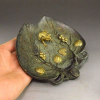 Exquisite Collection Chinese Vintage Hand Carved Leaves and Frogs Statue Plate