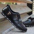 Primavera y otoño 2015 de los hombres Mocasines hombres zapatos casual estilo británico pisos hombres populares de moda pequeños solos zapatos de cuero