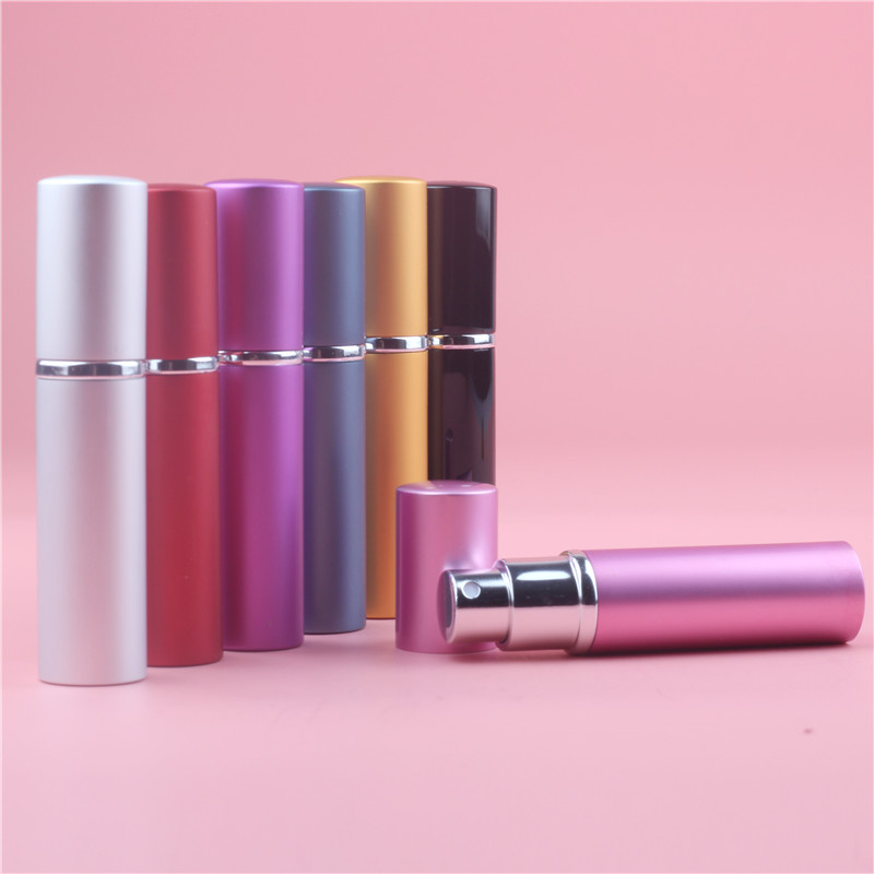 1 st 7Colors Mini Portable Aluminium Refillable Parfymflaska Med Spray Tomma Kosmetiska Containrar Med Atomizer For Traveler