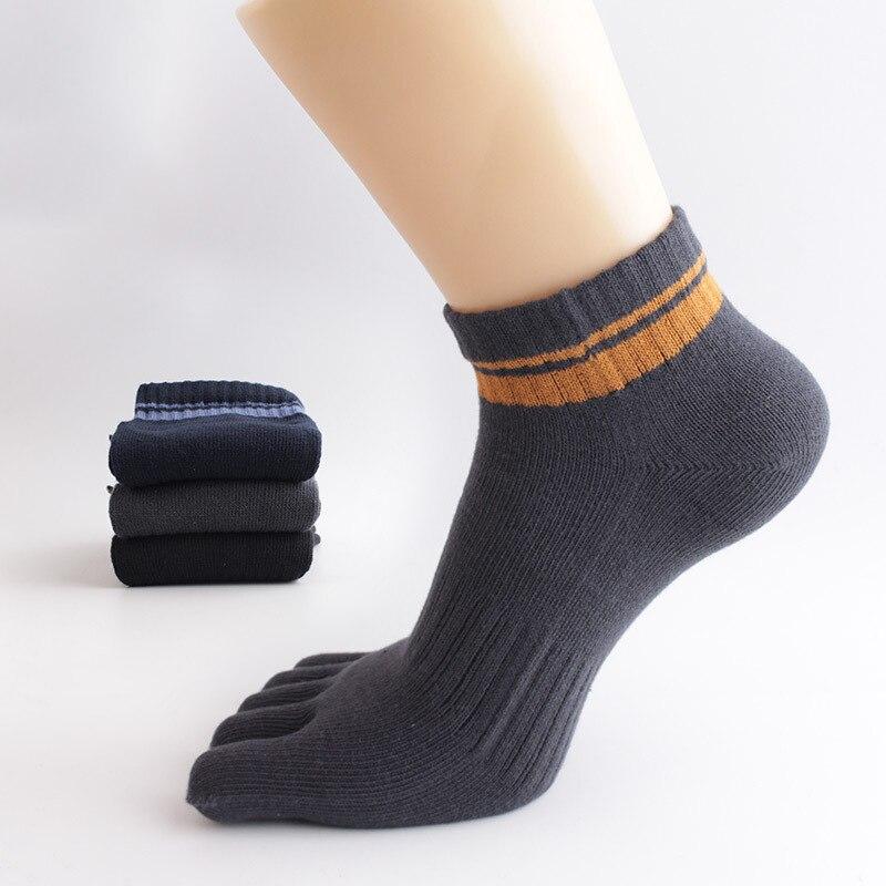6pair/lot stripe Cotton Fiber Toe Socks Men Casual Colorful Business Dress Socks winter Male Crew five finger sheer Socks S001