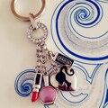 De Metal Marca de Coches Llavero Llavero de Las Mujeres de Moda de Lujo de Una Pieza Llavero Encantos Del Bolso llaveros chaveiro porte clef PWK0453