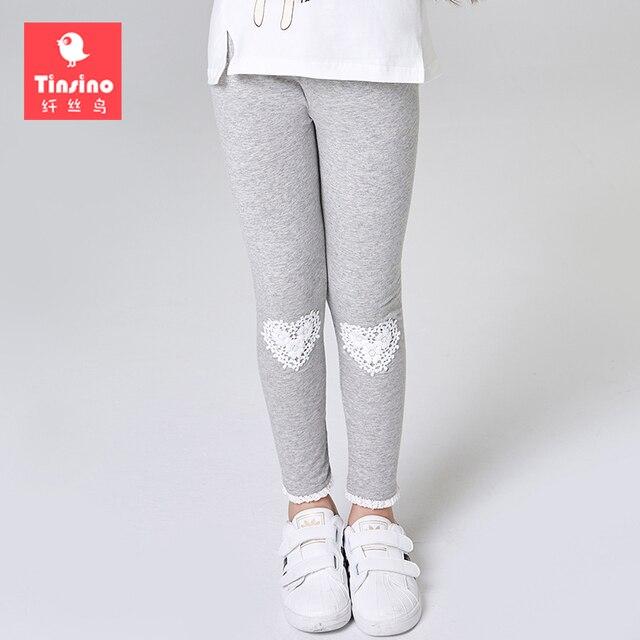 Tinsino Осенние леггинсы для девочек хлопковые брюки для девочек мода сердце любовь Кружево Брюки для девочек Обувь для девочек оборками Леггинсы для женщин