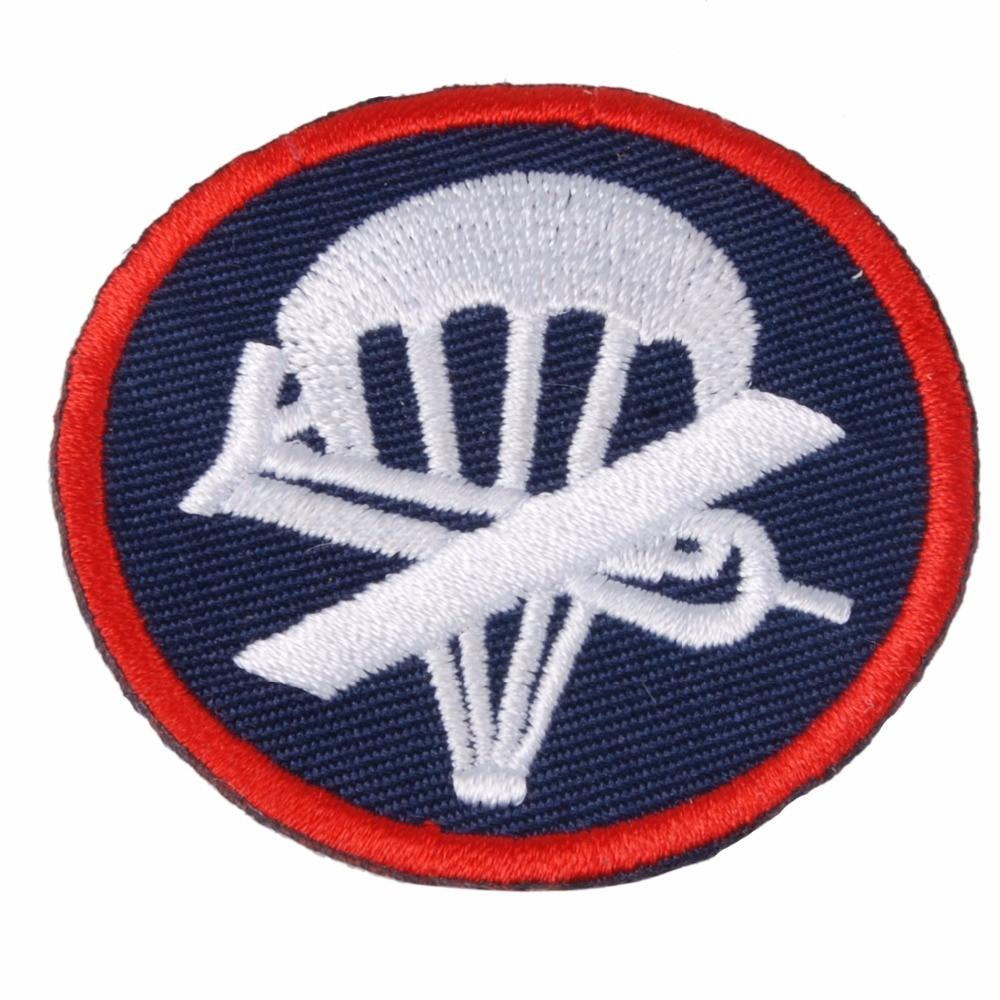 WWII WW2 US AIRBORNE PARATROOPER GARRISON CAP BADGE INSIGNIA