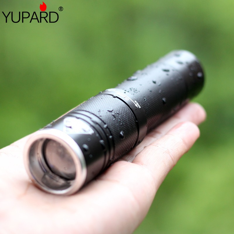 YUPARD outdoor waterproof <font><b>mouse</b></font> tail remote switch T6 led flashlight high power zoom torch lantern camping bike light <font><b>18650</b></font> image