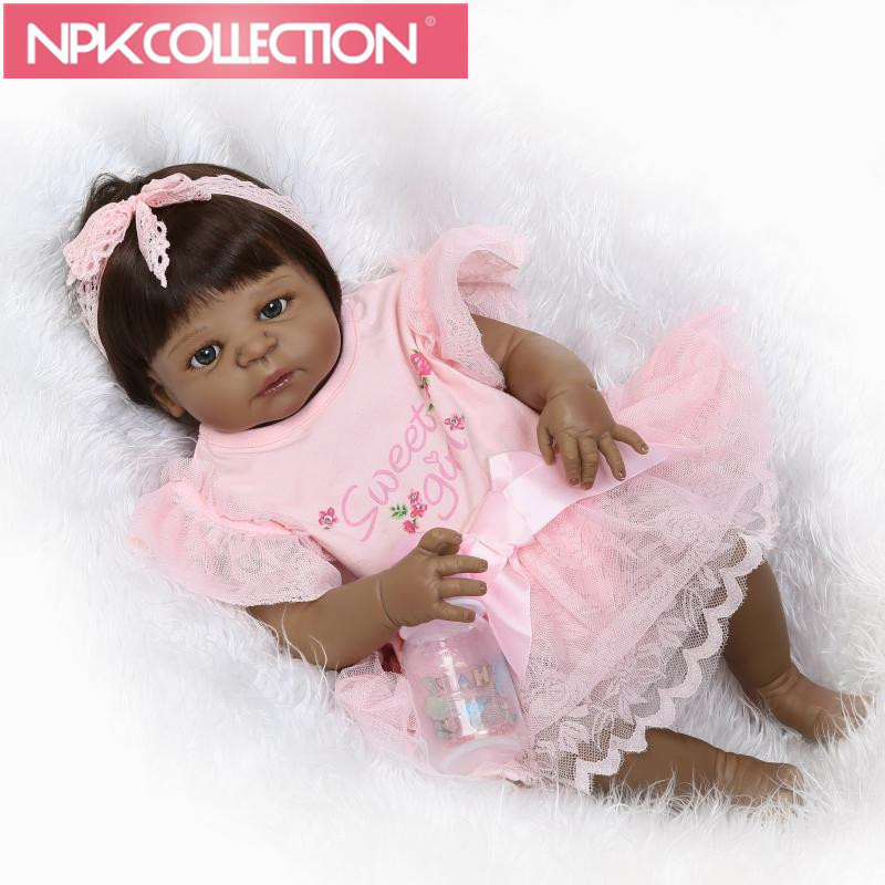Realistic Baby Doll 23'' Girl Black Skin Reborn Baby Doll Full Silicone Body Handmade Ethnic Dolls For kids Xmas Gift N35 handmade chinese ancient doll tang beauty princess pingyang 1 6 bjd dolls 12 jointed doll toy for girl christmas gift brinquedo