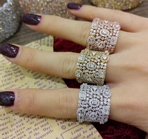 Image 2 - GODKI יוקרה מעוקב Zirconia טבעות נישואים לנשים כלה אירוסין חתונת תכשיטי CZ Femmale אביזרי כל אצבע טבעות