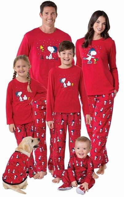 6c446a571d4cc Famille pyjamas de noël Neige-Chien Imprimer Gros Rouge Famille  Correspondant Vêtements Assortis Mère Daughte