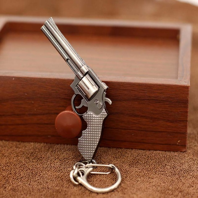 Fashion Miniature Revolver Pistol Weapon fashion Model Keychain Key Rings New Mi