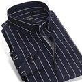 Contraste caiziyijia 2017 hombres azul marino/blanco a rayas camisas de vestir de negocios de algodón slim-fit manga larga botón-abajo camisa