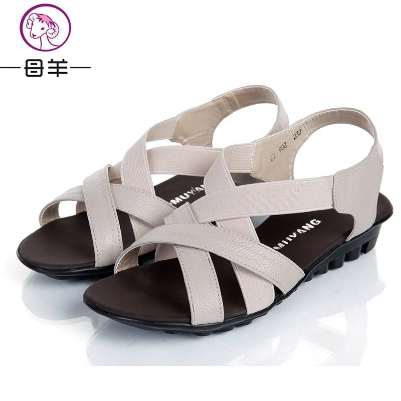 Poletje 2017 čevlji ženske casual udobne ženske sandale Ravno - Ženski čevlji