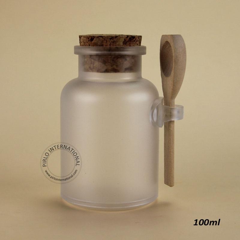 45pcs Lot Promotion 100ml g Empty Plastic Facial Mask Container Bath Salt Bottle With Wooden Spoon