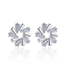 2017 New Fashion Geometric Luxury Star Snowflake Earrings For Women Classic Jewelry Silver Color Crystal Rhinestone Jewelry