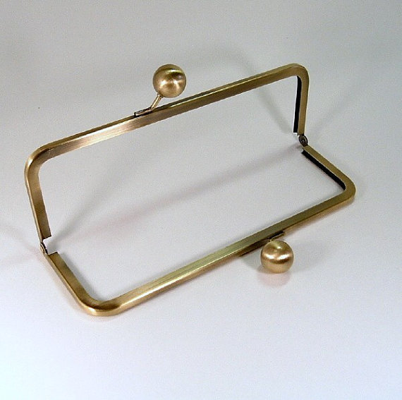 9x3 Inch Antique Brass Purse Frame With Big Kiss Lock Clasp