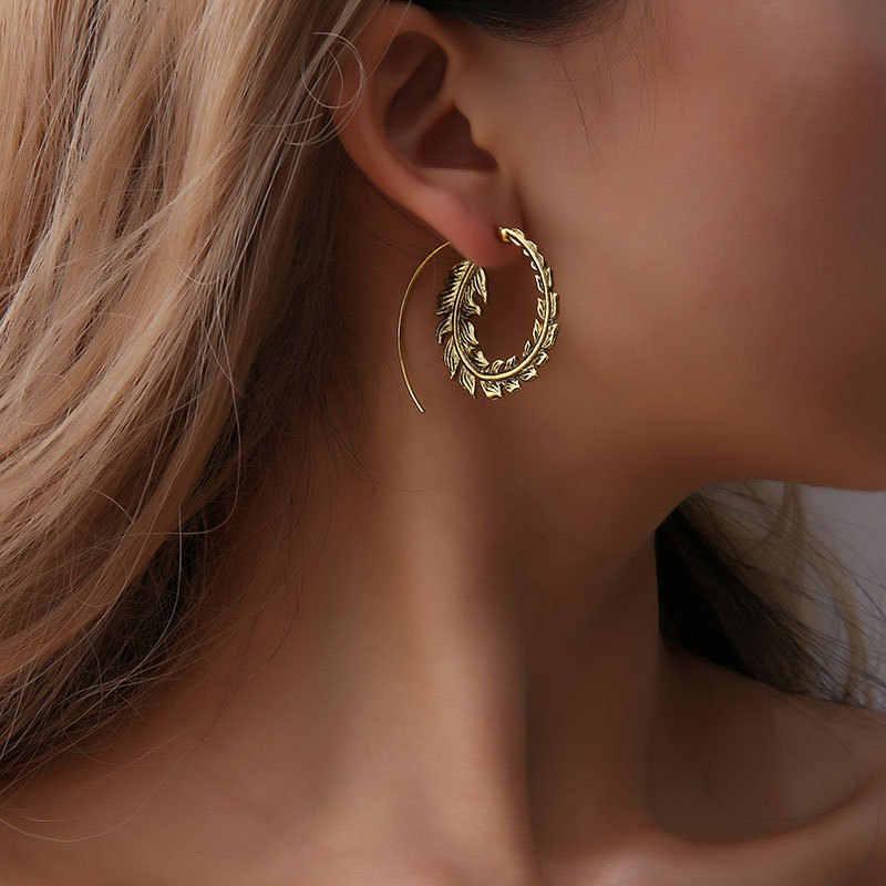 Punk Gold Sliver Hollow Spiral ต่างหูผู้หญิง Tribal Gear ต่างหูวงกลมหูเทศกาลเครื่องประดับ