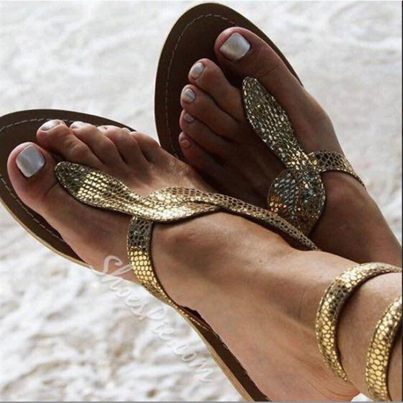 New European and American Flat soled Sandals In Summer 2019 serpentine Foreign Trade Large Size Women's Shoes