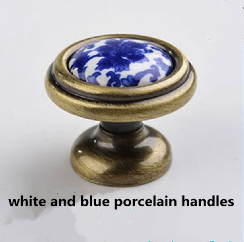 Retro style white and blue porcelain drawer shoe cabinet knob antique brass dresser kitchen cabinet door handle ceramic knob 10pcs lot free shipping european style porcelain ceramic drawer cabinet wardrobe door knob 2050mbl