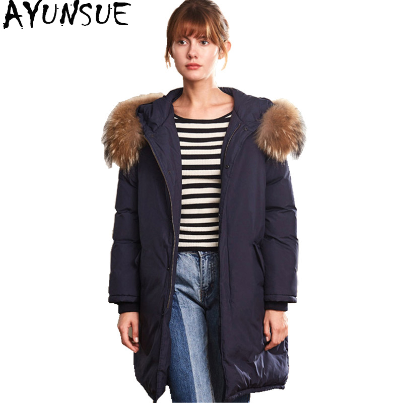 AYUNSUE 2018 Winter Women's   Down   Jacket Long Warm White Duck   Down     Coat   Female Real Raccoon Fur Hooded chaqueta mujer WYQ1695
