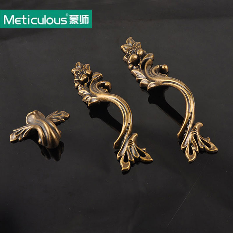 Meticulous Antique Bronze Handles rustic drawer knobs Kitchen Cabinet shabby chic Knob Vintage Furniture Handle Cupboard pulls antique cabinet knobs and handles furniture knob kitchen drawer cupboard pull handles jewelry box wooden case knob pulls handles