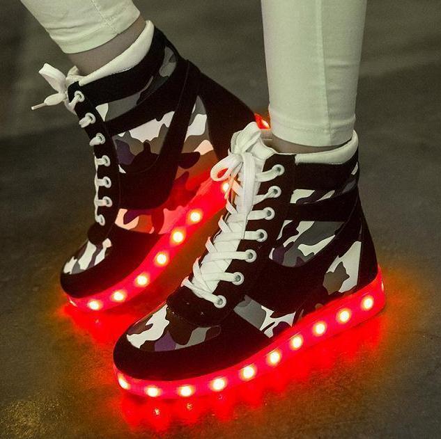 Genuine Leather Plus Size Luminous LED Shoes For Adults LED Fashion Chaussure Lumineuse Basket Led Light up Shoes Women