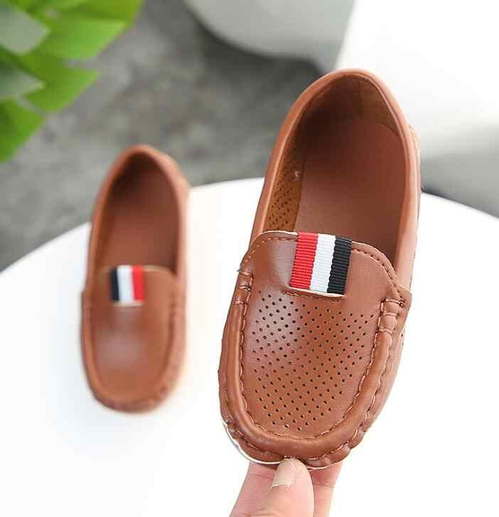 Boyutu 21-36 bahar yaz bebek yürümeye başlayan ayakkabı yumuşak PU deri çocuklar loafer'lar rahat ayakkabılar küçük delikler nefes erkek ayakkabı