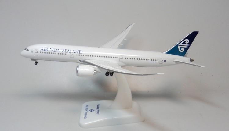 все цены на AIR NEW ZEALAND 1:400 787-9 HOGAN New Zealand aviation flight status