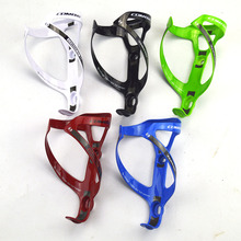 цены Full Carbon Fiber Bicycle Water Bottle Holder MTB/Road Bike Water Bottle Cage Cycling Drinking Cup Rack Riding