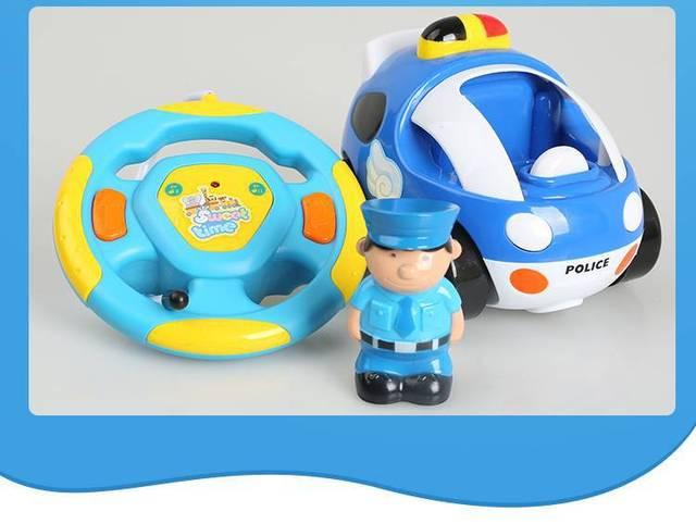 Новые детские мальчики девочки Дистанционного Управления Электрические игрушки автомобиль дети RC Автомобилей высокоскоростной музыкальный свет Ребенок Автомобиль игрушки Цвет случайная