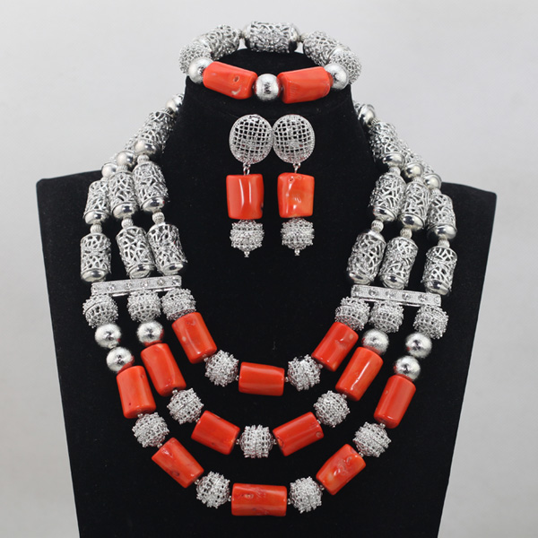 Shinny Sliver Grey African Necklace Bracelet Earrings Set Handmade Natural Coral Beaded Bridesmaid Costume Jewelry Set QW549Shinny Sliver Grey African Necklace Bracelet Earrings Set Handmade Natural Coral Beaded Bridesmaid Costume Jewelry Set QW549
