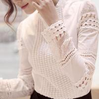 Haute Qualité Printemps Automne Femmes Blouse Motif O Cou à manches longues Doux Mince Creux Élégant Dentelle Chemises Blanc Pour femelle