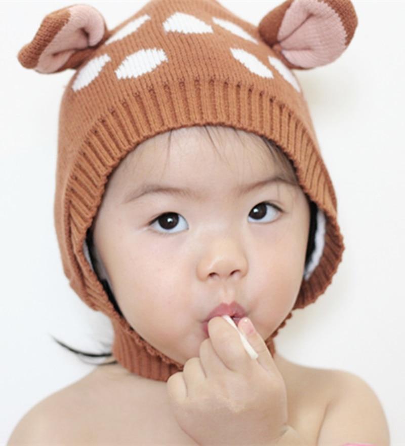 Excepcional Bebé Libre De Modelo Que Hace Punto El Sombrero Ideas ...