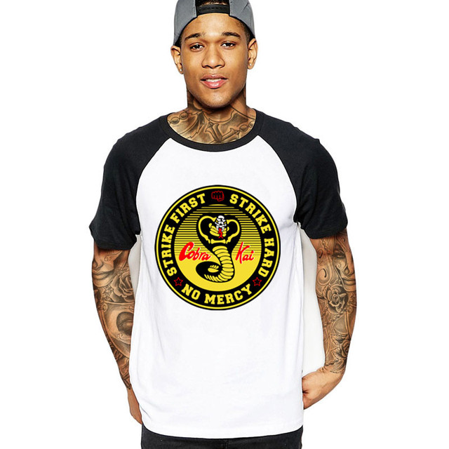 3873ac2a8 Vestido Vintage verano 2018 Cobra Kai T shirt Men Karate T-shirt Cool black  mamba