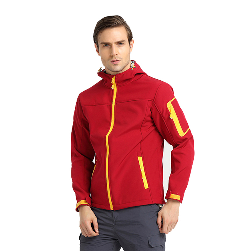 IEMUH Brand New Men Trekking Hiking Outdoor Windproof Sports Softshell Jacket Waterproof Male Camping Climbing Skiing Jacket