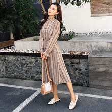 цены 2019 New Women's Chiffon Print Dresses Button Spring Autumn Casual Flare Long Sleeve Stand Collar Dress Female High Waist Dress