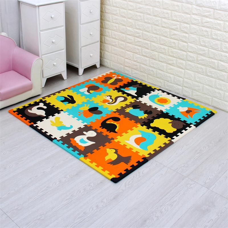 Meiqicool tapis de Puzzle de jeu en mousse EVA bébé 16 pièces, tapis et tapis de sol à emboîtement noir et blanc, tapis 16 carreaux pour kis. Bord libre. - 2
