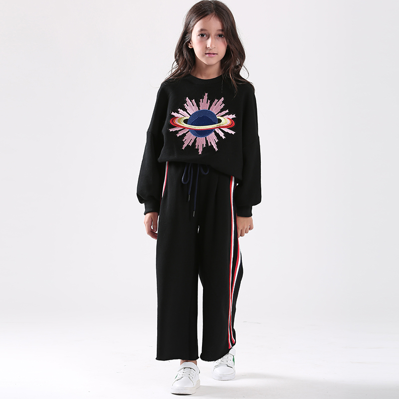 Girls Autumn Suit 2017 Embroidered Sweater+Wide Leg Pants Sports 2pcs Set Children's Clothing Set Cotton Casual Tracksuit mother and daugther summer girls set embroidered blouse and butterfly embroidered shorts 2 pcs suit brand clothing high quality