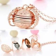 Women Fashion Vintage Multi-layer Exquisite All-match Personality Photo Wing Necklace