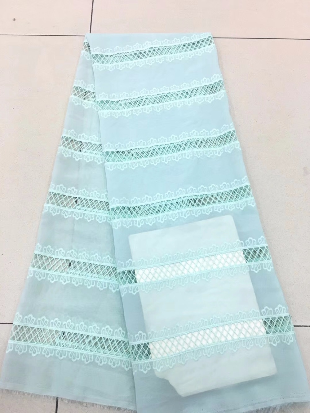 2018 New chiffon tulle lace fabric, bride lace fabric excellent quality Nigerian lace fabric2018 New chiffon tulle lace fabric, bride lace fabric excellent quality Nigerian lace fabric