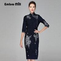 Китайская традиционная одежда женские синие замшевые платье зимние винтажные цветочной вышивкой Элегантные женские красивые Qipao платье ...