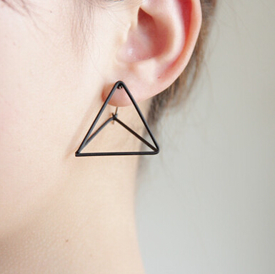 Timlee E116  Free shipping Punk Style Triangle Studs Earrings  wholesale