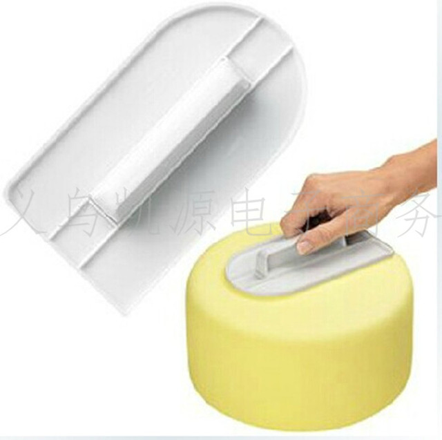 Grinders Fondant cake molds Food grade plastic trowels Baking tools 1
