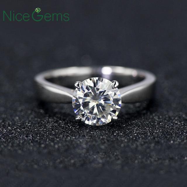 NiceGems Classsic Moissanite סוליטייר אירוסין טבעת מרכז 1ct 2ct 3ct 4ct F צבע 14K זהב לבן Moissanite טבעת עבור נשים