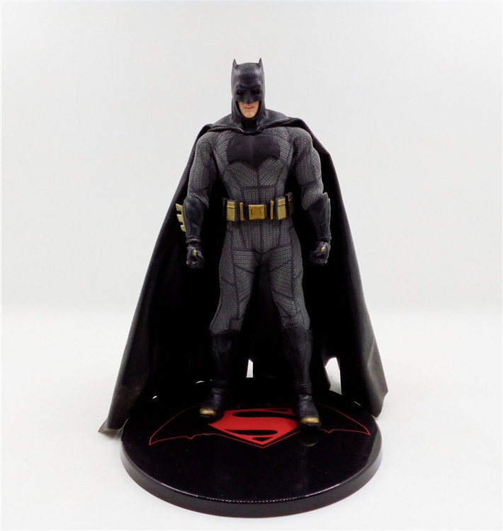 Mezco DC Batman One:12 Collective 6 Action Figure mezco the punisher figure one 12 collective 6 action figure free shipping